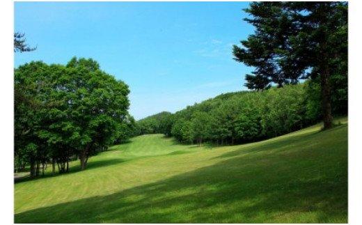 コート旭川カントリークラブゴルフプレー券〈2021年シーズン〉【10002001】