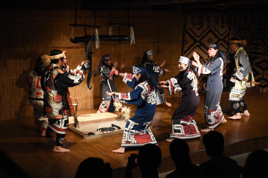 「貴重な開拓の歴史やアイヌ文化の伝承、その他文化活動」のために
