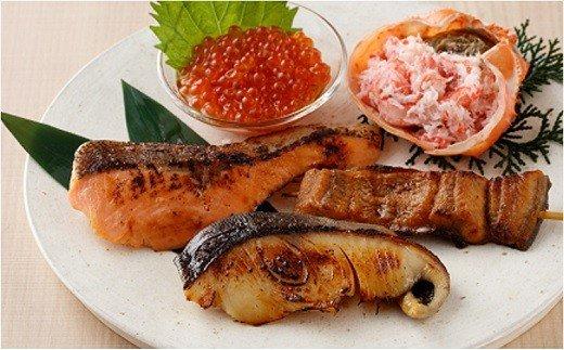 老舗割烹のいくら・蟹など魚介セット(魚彩三昧)