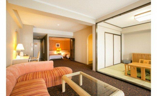 M013旬景の三河湾を楽しむ リゾートホテル満喫! 平日ペア宿泊券(1泊2食付・税サ含む)