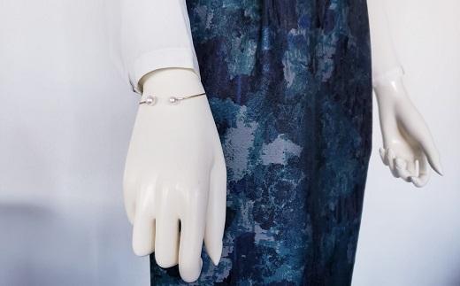【180-06】毎日が楽しくなる志摩市産アコヤ真珠のバングル*