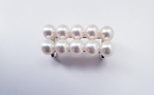 【150-16】着物姿をワンランクアップ、アコヤ真珠の帯留め*