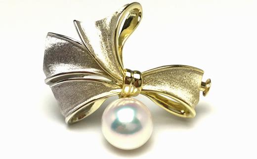 【150-17】老舗の真珠専門店・花珠アコヤ真珠ブローチ9.0~9.5ミリ(イエローゴールド)*