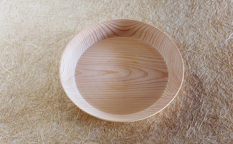 京丹波産ヒノキのお皿