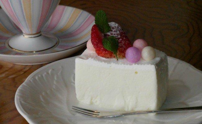 【四国一小さな町の喫茶店】茶房千福レアチーズケーキ(冷凍)